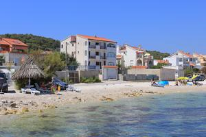 Apartments by the sea Slatine (Čiovo) - 14541
