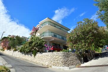 Suhi Potok, Omiš, Property 14555 - Apartments near sea with pebble beach.