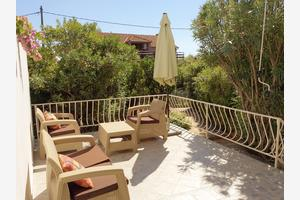 Family friendly seaside apartments Prižba, Korčula - 14597