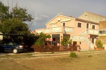 Privlaka, Zadar, Property 14654 - Apartments with sandy beach.