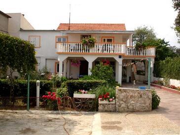 Pakoštane, Biograd, Objekt 14658 - Ubytování v blízkosti moře s oblázkovou pláží.