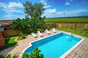 Family friendly house with a swimming pool Basarinka, Poreč - 14663