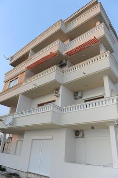 Split, Split, Objekt 14666 - Apartmani sa šljunčanom plažom.