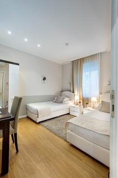 Zagreb, Ložnice v ubytování typu room, s klimatizací a WiFi.