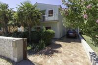 Апартаменты с парковкой Zadar - 14685