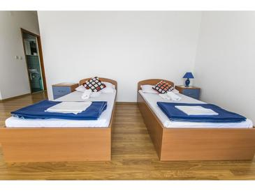 Rovanjska, Living room in the apartment, air condition available and WiFi.