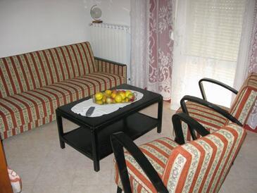 Sukošan, Dnevna soba v nastanitvi vrste apartment, dostopna klima.