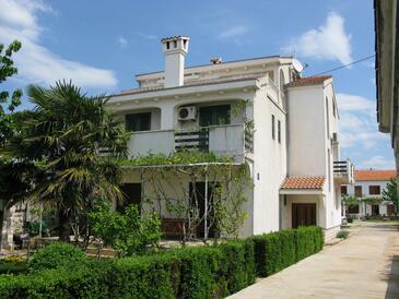 Sukošan, Zadar, Objekt 14742 - Apartmaji s prodnato plažo.