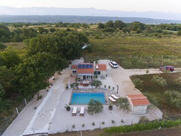 Posedarje, Novigrad, Objekt 14778 - Ubytování s písčitou pláží.