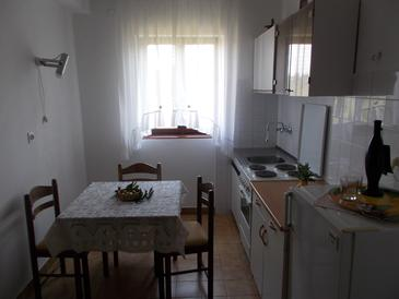 Pašman, Dining room in the apartment, WiFi.