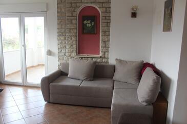 Rab, Obývací pokoj v ubytování typu apartment, domácí mazlíčci povoleni a WiFi.