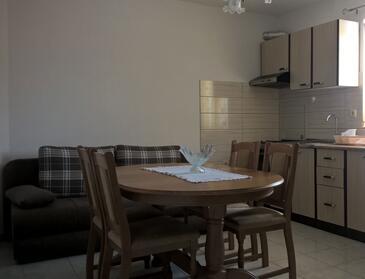 Poljica, Jídelna v ubytování typu apartment, WiFi.