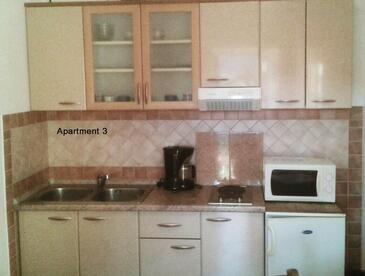 Lopar, Cucina nell'alloggi del tipo apartment, WiFi.