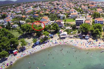 Pirovac, Šibenik, Obiekt 14820 - Apartamenty przy morzu ze żwirową plażą.