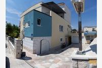 Apartmány s parkovištěm Split - 14840