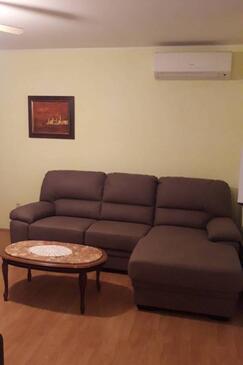Kampor, Dnevni boravak u smještaju tipa apartment, dostupna klima, kućni ljubimci dozvoljeni i WiFi.