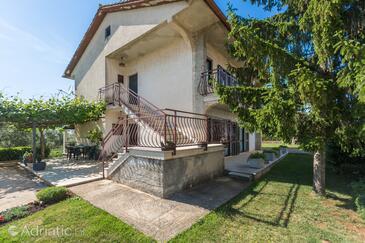 Sveti Lovreč, Središnja Istra, Property 14847 - Apartments with pebble beach.