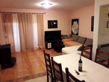 Zadar, Wohnzimmer 1 in folgender Unterkunftsart house, WiFi.