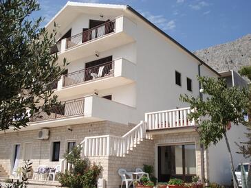 Lokva Rogoznica, Omiš, Объект 14853 - Апартаменты вблизи моря с галечным пляжем.