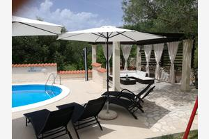 Family friendly apartments with a swimming pool Kampor (Rab) - 14897