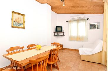 Living room    - A-149-b