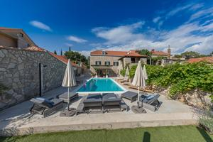 Luxury villa with a swimming pool Močići (Dubrovnik) - 14900