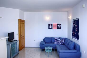 Komarna, Obývací pokoj v ubytování typu apartment, WiFi.