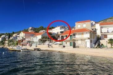 Komarna, Ušće Neretve, Objekt 14913 - Ubytování v blízkosti moře s oblázkovou pláží.