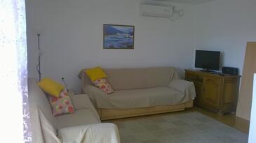 Kornić, Гостиная в размещении типа apartment, доступный кондиционер, Домашние животные допускаются и WiFi.