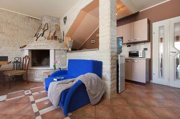 Pula, Salon dans l'hébergement en type apartment, WiFi.