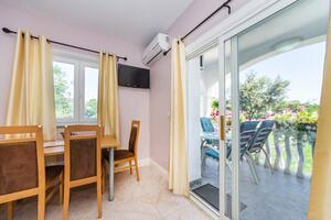 Apartmány s parkovištěm Zaton, Zadar - 15000