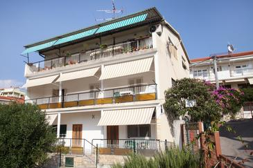 Trogir, Trogir, Property 15011 - Apartments near sea with pebble beach.