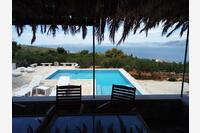 Postira Vacation Rentals 15021