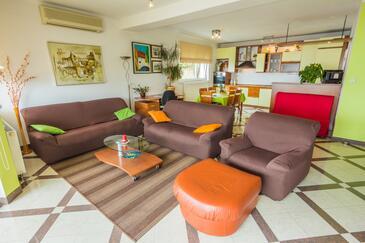 Opatija - Volosko, Obývací pokoj v ubytování typu apartment, s klimatizací a WiFi.