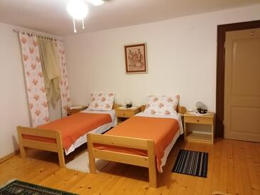 Plomin Luka, Bedroom in the room, (pet friendly) and WiFi.