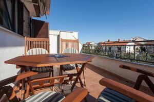 Apartments with WiFi Rovinj - 15084