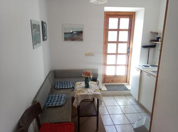 Koločep, Jídelna v ubytování typu studio-apartment, WIFI.