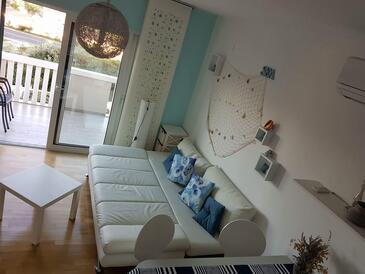 Sveti Petar, Obývací pokoj v ubytování typu studio-apartment, WiFi.