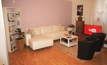Zagreb, Living room in the apartment, WiFi.