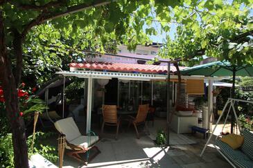 Sućuraj, Hvar, Объект 15141 - Дом для отдыха вблизи моря с галечным пляжем.