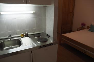 Makarska, Kitchen in the apartment, WiFi.