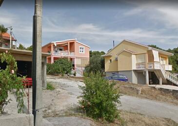 Bibinje, Zadar, Objekt 15178 - Ubytovanie s kamienkovou plážou.