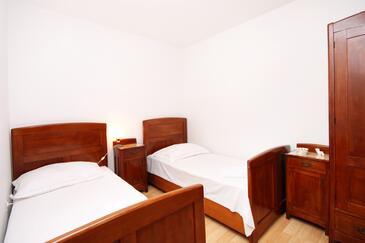 Bedroom 2   - A-152-a
