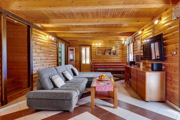 Ogulin, Living room in the house, dopusteni kucni ljubimci i WIFI.