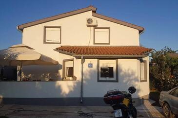 Valbandon, Fažana, Objekt 15225 - Ubytování s oblázkovou pláží.