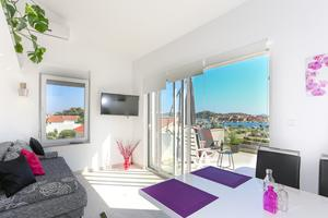 Apartments by the sea Tribunj, Vodice - 15233