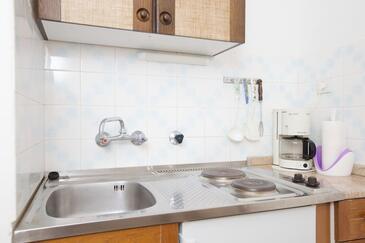 Stari Grad, Kuchyně v ubytování typu studio-apartment, domácí mazlíčci povoleni a WiFi.