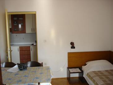 Punat, Столовая в размещении типа apartment, доступный кондиционер и WiFi.