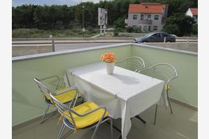 Apartmány s parkovištěm Zadar - 15261