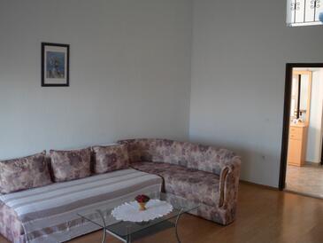 Pinezići, Гостиная в размещении типа apartment, доступный кондиционер и WiFi.